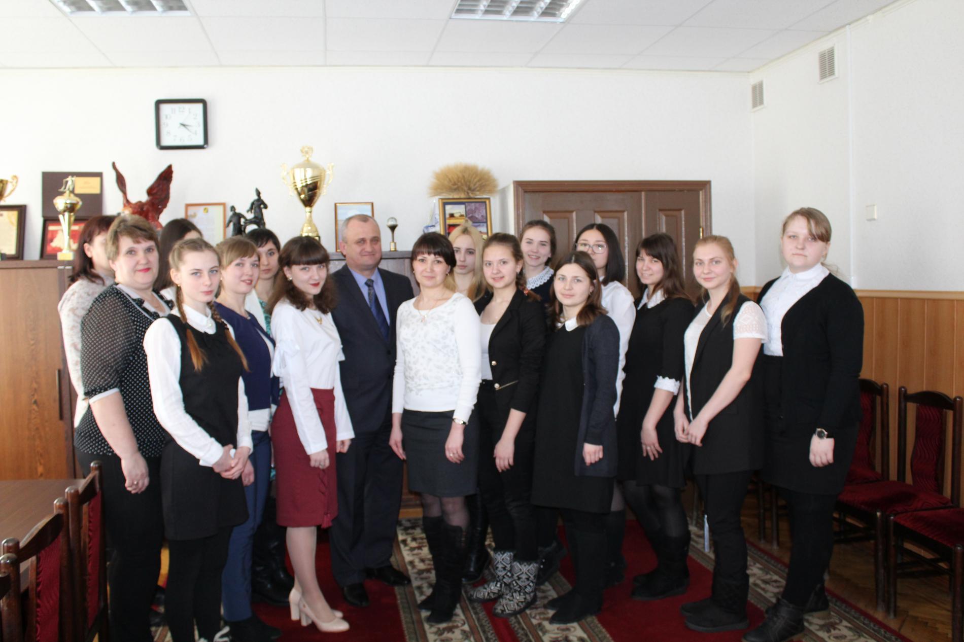 Игорь Владимирович Буцких встретился с членами Молодёжного Парламента